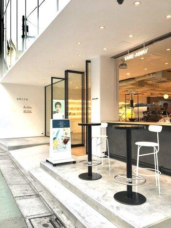 ナチュラルブランドが手がけるヴィーガンカフェ「shiro(シロ) 自由が丘店」もまた、ヴィーガンフードをお探しの方におすすめしたいカフェです。