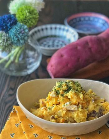 すし酢を使い、ゆで卵とさつまいもだけで作るスイートポテトサラダ。 食卓に彩りを加えてくれます。