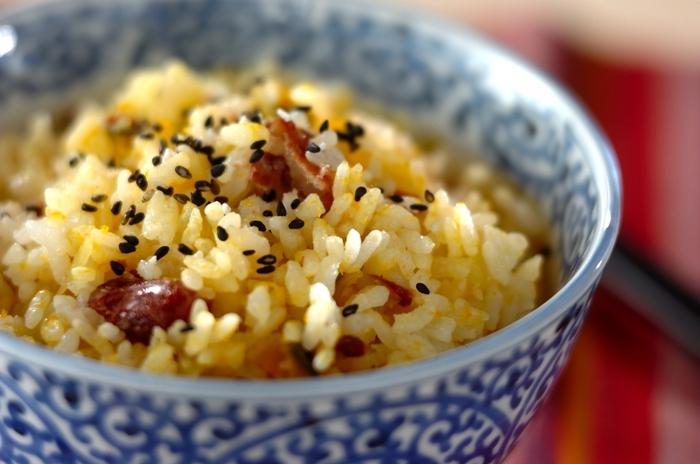 甘煮にした金時豆は、かぼちゃやさつまいもと一緒に炊き込みご飯にするというアイディアも。きれいに色づいたご飯が食卓を華やかに彩ります。食欲の秋にぴったりのメニューですね。