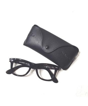 1937年の誕生以来、世界中に愛用者を持つアイウェアブランド「Ray-Ban(レイバン)」。デザイン性と機能性に優れ、どんな人でも似合う眼鏡が見つけられる豊富なデザインが魅力です。