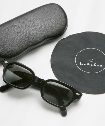 """1883年創業の老舗眼鏡店「白山眼鏡店(はくさんがんきょうてん)」のコンセプトは""""デザインしすぎない""""こと。眼鏡をかける人に寄り添った眼鏡を作り続け、今では日本だけでなく世界の著名人からも支持を受けています。"""