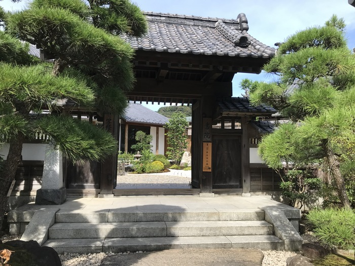 ※筆者撮影  紫陽花や紅葉でおなじみの長谷寺にある「写経場」。