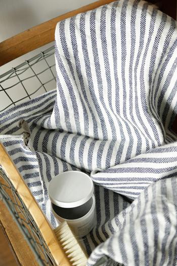 fog linen workのリネンアイテムは、使うたび、洗うたびに柔らかく変化して、時間とともに家に馴染んでいく心地よさがあります。