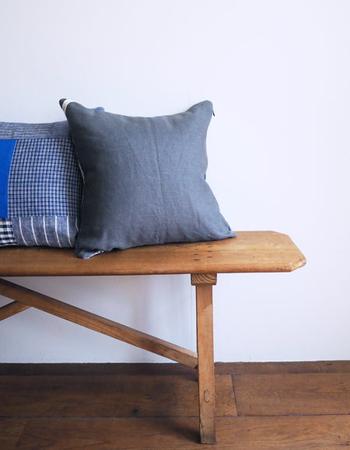 もともとはウェア、テーブルリネン、ベッドリネンだけのラインナップだったfog linen workのリネンアイテムですが、現在では、毎日の暮らしに寄り添うさまざまなアイテムで展開されています。
