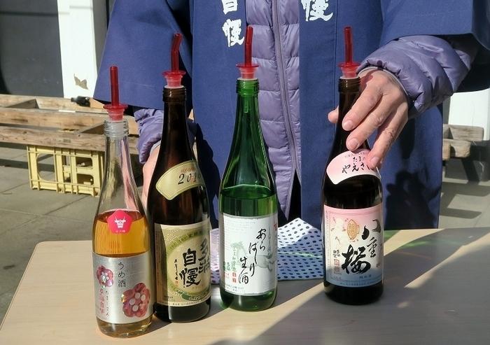 日本酒のお話をメインにガイドさんが案内してくれる「多満自慢(日本酒)見学コース」では、試飲も。季節の日本酒などを含め、杜氏の技術が詰まった「大吟醸」などを飲み比べることができますよ。製造工程を思い出しながら飲むと、造り手の想いがより一層感じられそうです。