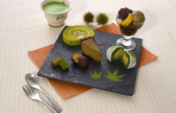 パフェにケーキ、どら焼き、京あめと洋菓子でも和菓子でも楽しめる京都の抹茶スイーツ。京都観光の途中のお茶時間にぜひ楽しんでくださいね。お土産に選べば、家族やお友達にもきっと喜ばれますよ。