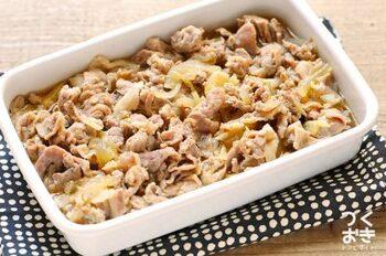 しょうががピリリと効いた牛肉のしぐれ煮は、白いごはんによく合う甘じょっぱさ。ごはんがどんどん進みますよ!
