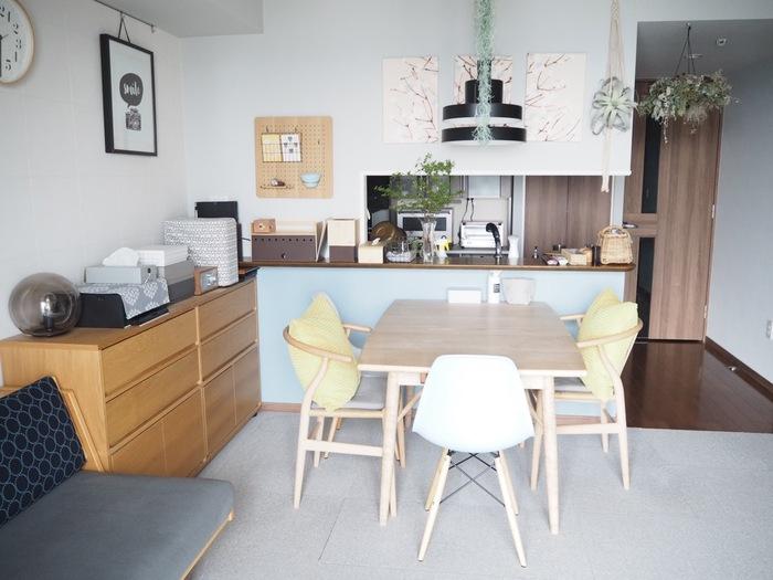 趣味を楽しんだり、お子さんの学習スペースにしたり…キッチンインテリアをより豊かにしてくれるのがキッチンカウンター。使い方次第で、お家の印象ががらりと変わるスペースです。