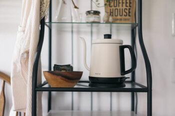 最近では、カフェコーナーにもなじむおしゃれなデザインのアイテムも増えています。デザインやサイズもさまざまなので、お気に入りを探してみては。