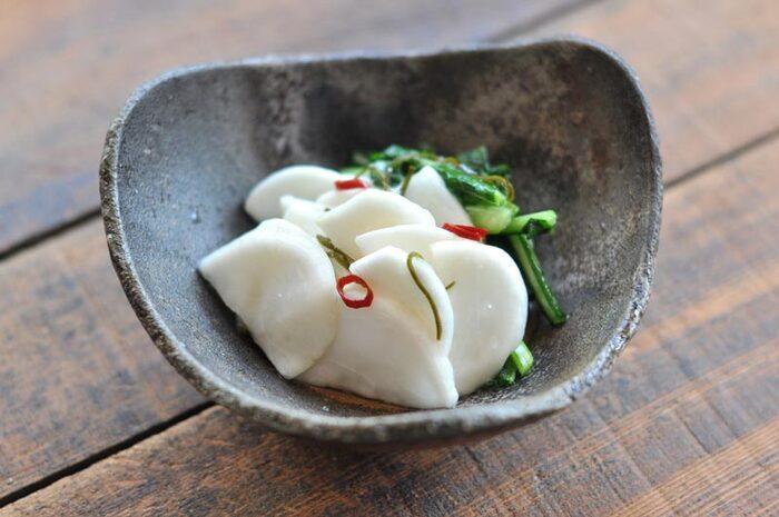 カブのお漬物って箸が進みますよね!自家製のものは、自分好みの味にできるのが魅力です。こちらのレシピは、皮も使うので栄養面もばっちり。