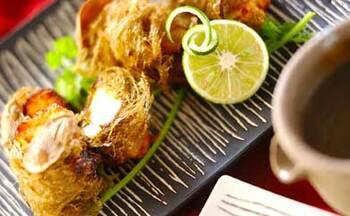 なたね油は熱に強く、揚げ物向き。 例えばこちらのレシピは、豆腐にとろろ昆布を巻いて揚げているという食感が楽しみな一品です。このようにサクサクとした歯ごたえを味わいたい揚げ物と、なたね油は相性ばっちり。