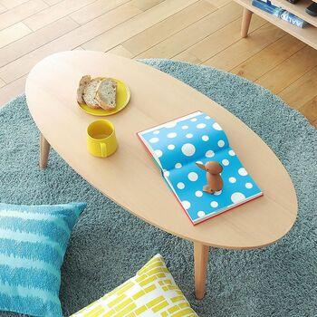 視界を遮らない低めの家具、またコンパクトのサイズ感の家具で揃えれば、限られた空間を広々と見せることができます。