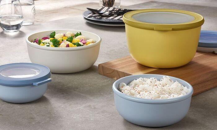 キッチン・ハウスウェアの老舗ブランド「Rosti Mepal(ロスティメパル)」。Mepalブランドとして最初に手がけたアイテムがこちらのテーブルにそのまま出せる保存容器の「Cirqula(サーキュラ)」です。