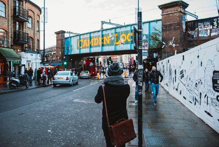 また、ロンドンはおしゃれな古着がたくさんあることでも有名!ロンドン市内で行われているフリーマーケットやおしゃれなヴィンテージショップを巡るのもおすすめ♡冬に向けて、おしゃれなロンドンファッションをゲットしに行くのも良いですね♪