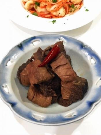 血合いが多いと臭みが残りやすいものの、それだけお手頃価格で手に入りやすいもの。こういった部位を使うなら、しっかり味の時雨煮が便利。ご飯が進むお味です。