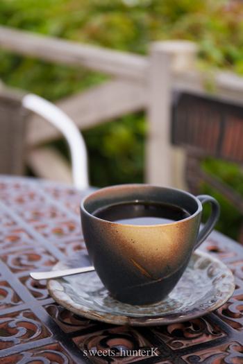 常連さんたちのおすすめはやはりコーヒー。旅の途中にほっこりと一息ついてみませんか?