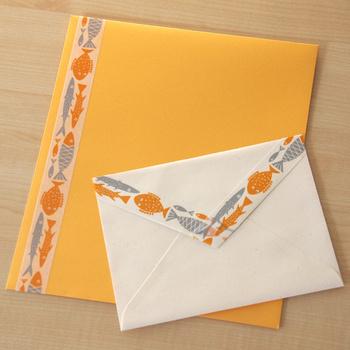 ノートや封筒に貼ったり、壁にデコレーションしたり…マステはいろいろな使い道があるので、自分なりのアレンジを楽しみましょう!