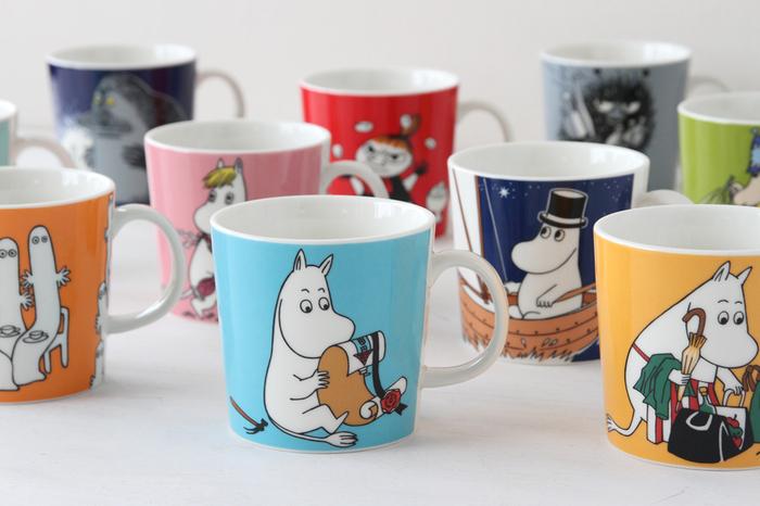 こちらはフィンランドの人気キャラクター、「MOOMIN(ムーミン)」をモチーフにした可愛いマグカップです。ムーミン一家をはじめ、スナフキンやミーなど人気キャラクターが勢揃い。様々なデザインの中からお気に入りのキャラクターを選んで、自分好みのコーディネートが楽しめますよ◎。