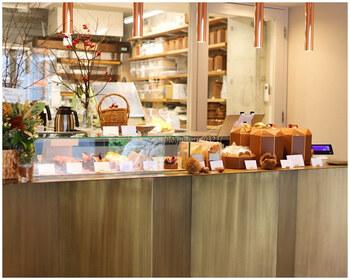 2019年9月26日、恵比寿ガーデンプレイス近くにオープンしたパティスリーです。有名ホテルなどで腕を磨いたシェフが開いたおしゃれなお店で、タルトやクッキーなど焼き菓子が販売されています。