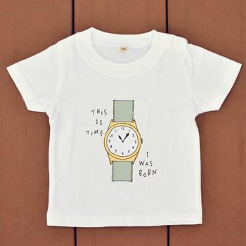 こちらは生まれたときの時間をプリントできるというTシャツです。日常使いできるうえ、話題性もあって面白いですね。