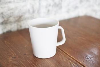 洗面台で乾きにくいコップ。 伏せ置きだと、朝使って夜まだ水分が残っていることも多いもの。 ダイソーのデザインカップを取り入れてみませんか?