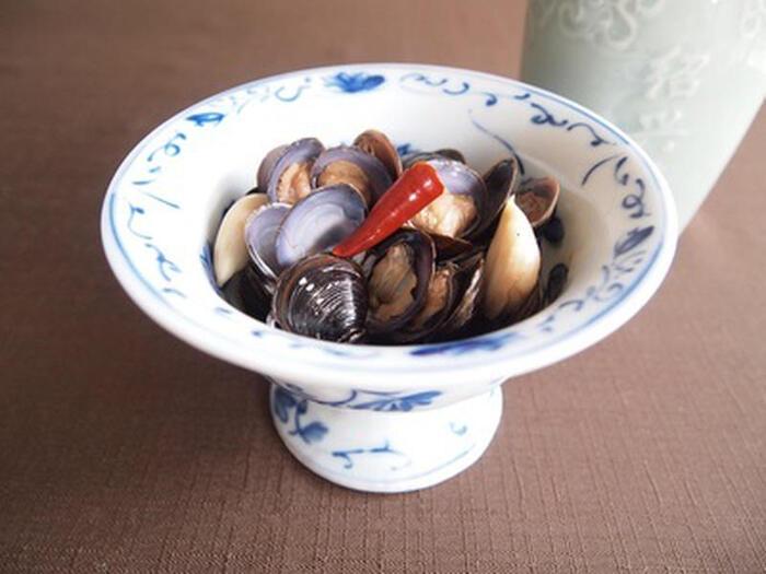 お酒を飲む方にオススメの「台湾風しじみの醤油漬け」。しじみの砂抜きをしっかり行ってくださいね。甘辛い味付けが、体に染み込む一品です。