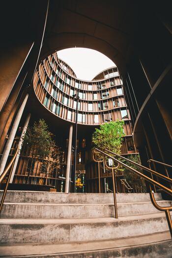 魅力的な建築物に囲まれた北欧の国々。デザイン性、機能性も高く、それぞれ個性豊かで、一度訪れると一生忘れることのない建築物ばかりです。北欧に訪れた際は、ぜひ足を運んでみてくださいね。