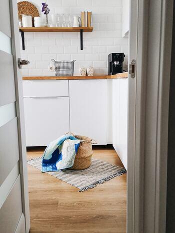 もちろんサッと取れる&置けることで、機能性としても◎で、リビング、キッチンはもちろん、洗面や子供部屋、トイレなどそれぞれの場所で活躍してくれる優秀な「見せる収納」なんですよ。