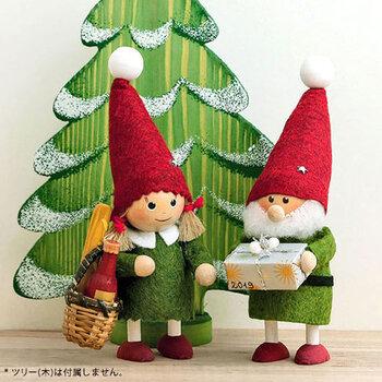 可愛らしくなり過ぎちゃうから、大人っぽいインテリアにはクリスマスの飾りは無理?そんなことはありませんよ。大きさを選んだり、形を選んだりして大人っぽいインテリアに馴染むクリスマスアイテムを見つけよう。