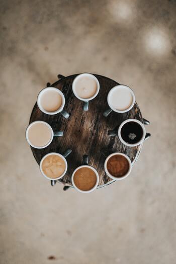 例えば、いろんなお店のいろんなテイストのコーヒーを試してみることで、「いつもの」とはまた違った美味しさを発見できるでしょう。また、「体を動かす」から「鍛える」に視点を変えてみると新たな目標が生まれるかもしれませんよね。