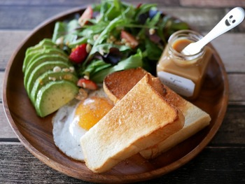 人気の食パンを最高のおいしさで♪都内近郊おすすめ「食パンカフェ」5選