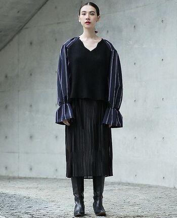 ちょっとしたお呼ばれも多くなる冬。今年のトレンドであるバルーンスリーブが特徴的なドレスで、差を付けましょう。