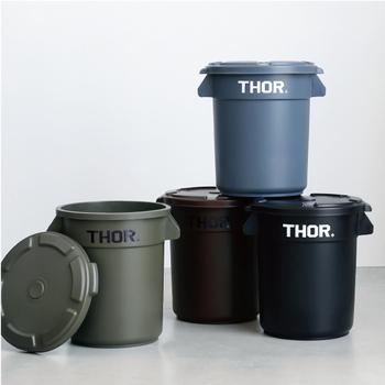 ゴミ箱としてはもちろん、備蓄品やお菓子などを入れるのに便利なコンテナ。丸形ですが、収納時はもちろん使っている時にでも縦に積み上げることも可能なんです。土が付いたお野菜などを入れても、簡単に洗えるメリットも。