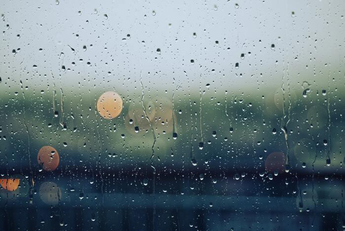 また泣くこともリラックス効果があると言われているので、泣きたい時には思いっきり泣くのがおすすめ。そうすることで心身ともにスッキリするはずです。
