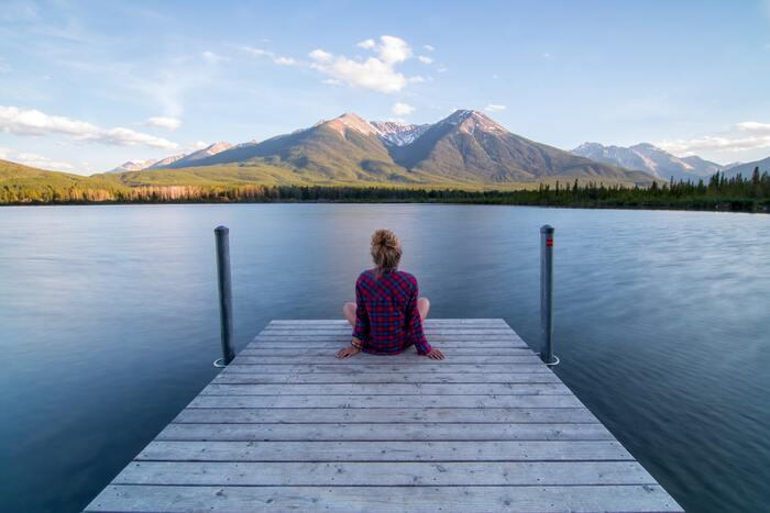 そこで大切になってくるのが「ストレスを上手に発散する」ということ。 先ほどのように笑ったり泣いたりすることで発散できる人もいれば、散歩をしたり本を読んだりと、一人時間を満喫することで発散できる人もいるでしょう。自分が一番リフレッシュできる方法でリセットし、ストレスと上手く付き合えるようにするのがポイントです。