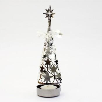 クリスマスにぴったりのキャンドルホルダーは、下のキャンドルに火をつけると、熱でツリー部分がくるくる回る仕組み。飾るだけでも、火をつけても楽しめます。