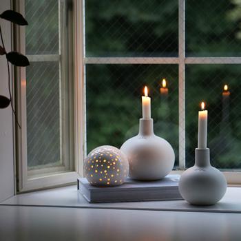 そのまま飾っても、火をつけても楽しめるキャンドル。お気に入りのデザインや香りのキャンドルで、より充実したおうち時間を過ごしてみませんか?