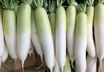 """冬の旬野菜《大根》を食べつくす!""""皮""""から""""葉っぱ""""まで【かしこく使い切るレシピ】"""