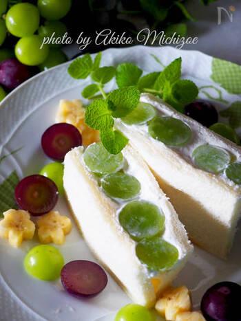 バターの代わりにオリーブオイルを使ったり、生クリームやマヨネーズの代用として水切りヨーグルトを使ったり、低カロリーでヘルシーな材料に置き換えるのもいいアイデアです。
