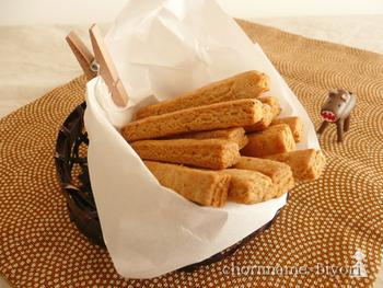 おやつにもぴったりの味噌を使ったビスケット。バターも卵も使わないのに、味噌の旨味でおいしく食べられるレシピです。
