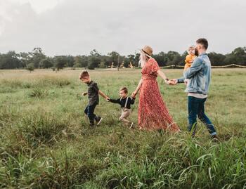 仕事や家族構成などライフプランが少しずつ見えてくる30代は、住宅購入を考える方も多い世代。子育て世代にとって、マイホーム計画が現実的になってくるのではないでしょうか。