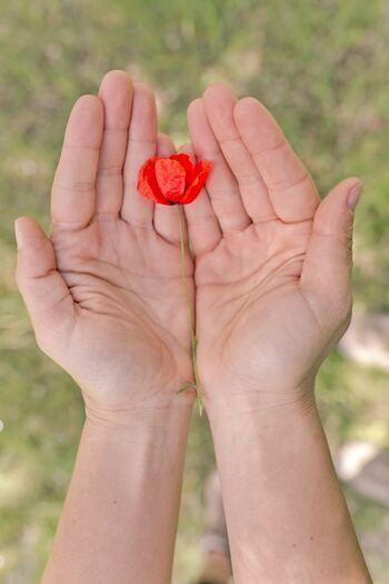 幸せの物差しは自分で決める。心の満足度をUPする最新ポジティブシンキング
