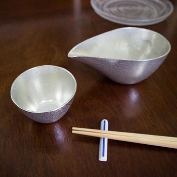 縄文土器や弥生土器にもみられる形であり、日本で古くから親しまれてきたうつわのひとつであることがよく分かります。