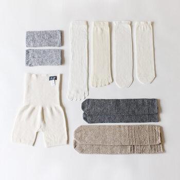 あったかインナーを選びたいけど何からそろえるべきか迷う…という方には、普段の生活に取り入れやすい重ねばき靴下や腹巻付きパンツのセット買いがおすすめです。まずはあったかインナーの心地よさを実感してください。
