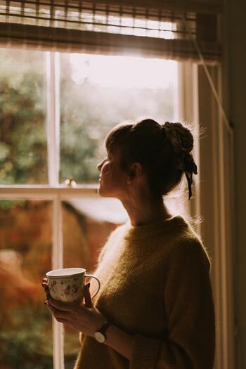 冷えを我慢しないで心地よい暖かさに包まれるだけで、気持ちが良くなるものです。さらに、見えないところにこそお気に入りを仕込むことで、よりワクワクした気持ちになれるはず!たまには自分のためだけの贅沢、してみてはいかがでしょう?