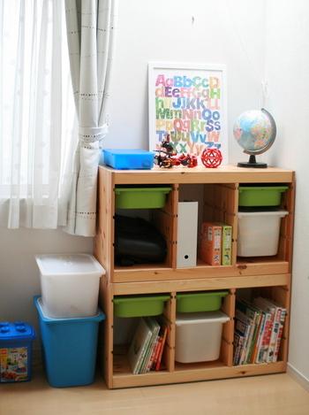 また、おもちゃもボックスに入れるだけのラクな収納がおすすめ。 ボックス毎に入れるものをラベリングしておくと、迷わず片づけられます。