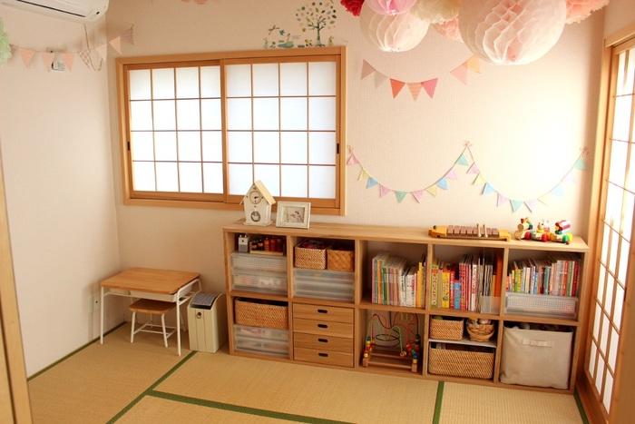 お子さんが「自分の部屋が好き」と思ってくれたら、嬉しいですよね。小さくても自分だけの空間があれば、ワクワクするもの。将来的に活用しやすい間取りや内装を心がけつつ、お子さん好みのインテリアに仕上げてみてはいかがでしょうか。