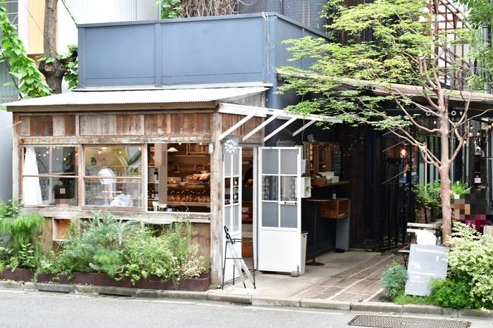 表参道にお店を構えるコーヒースタンド「Shozo Coffee Store」は、那須に本店を構える隠れ家的なコーヒースタンドです。
