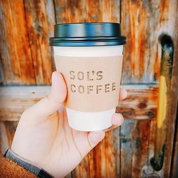 またこのSOL'S COFFEE ROASTERYのコーヒーは、毎日飲める身体に優しいコーヒーをコンセプトに作られています*ハンドピックという欠点豆を2度丁寧に行うことで、質の良いコーヒー豆のみを使用し、欠点豆がもたらす胃の負担やえぐみなどを取り除いたこだわりの一杯が頂けます◎