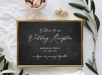 結婚式でも人気の黒板アート。カリグラフィーをメインにデザインされたものは、カジュアルになりすぎずほどよく上品な雰囲気を演出できます。